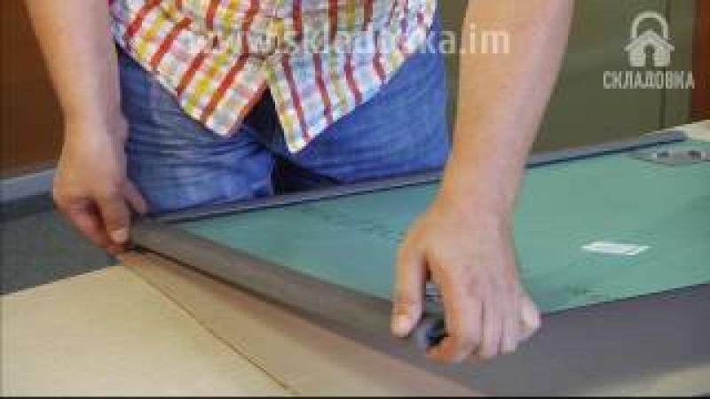 Упаковка зеркала для переезда с помощью защитного профиля, гофр картона и пузырчатой пленки