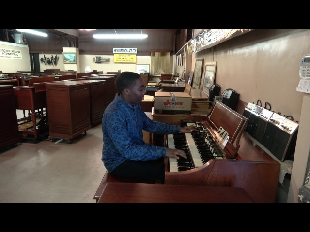241 Hammond A-100 with Leslie Jayden Arnold at Keyboard Exchange
