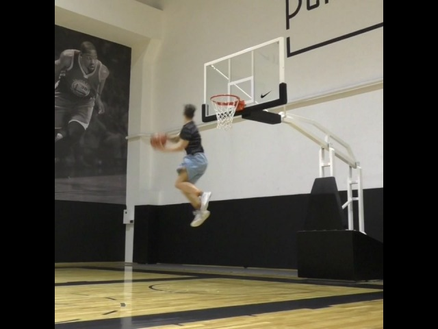 "Maksim Barsukov on Instagram ""My first dunksession at @playgroundmoscow 😮 With @act100n @krook_go_get_it @kozichiz 🙏 I_D_F dunk dunker slamdun..."