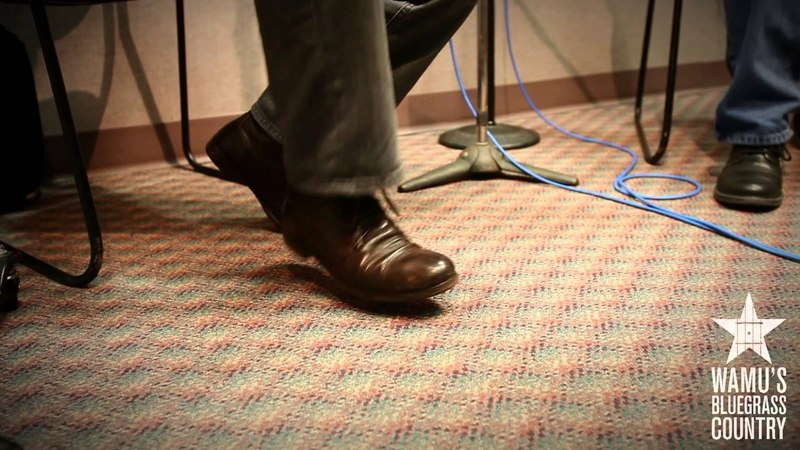 Martin Hayes Dennis Cahill - Gan Ainm / Barack Obama Reel [Live at WAMU's Bluegrass Country]
