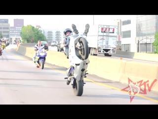 INSANE Street Bike Stunts CRAZY Highway WHEELIE DRIFT Motorcycle TRICKS Riders A