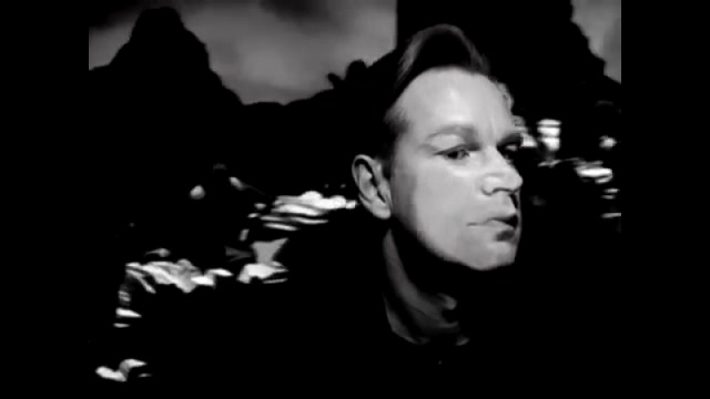 Depeche Mode - Walking In My Shoes (Remastered Video)