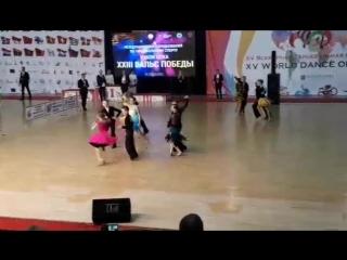 Спортивные бальные танцы джайв