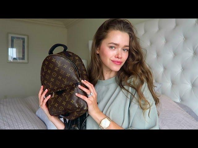 What's In My Bag/ Purse   Mommy/ Model Valeria Lipovetsky
