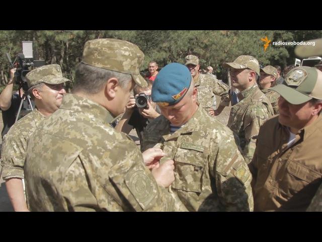 Порошенко підвищив у званні командувача ВДВ Забродського