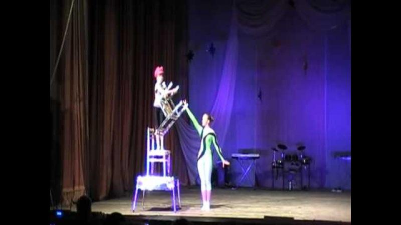 11 Елизавета Федорова Номер со стульями