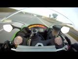 Обогнал мотоцикл на скорости 300 кмч Overtook the motorcycle at a speed of 300 km h
