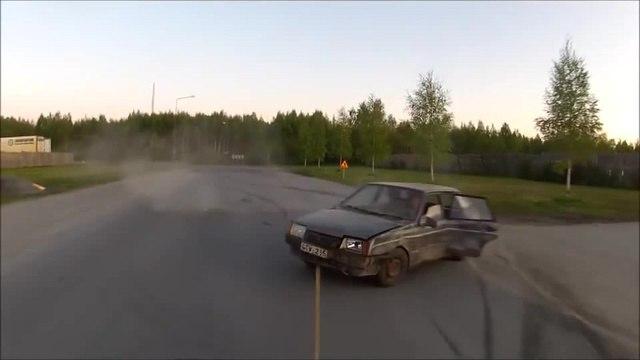 Hur man bogserar bil. / Boeboe — Drift