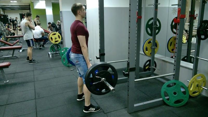 Итоги 2 месячного упорного труда в Alex Fitness Становая тяга - 110 кг.