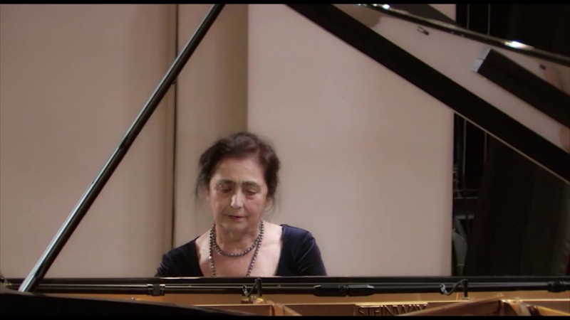 Комитас Ручеек исполняет Мария Гамбарян