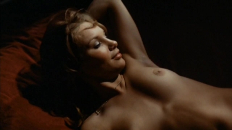 Nudes actresses (Monique van de Ven, etc) in sex scenes / Голые актрисы (Моник ван де Вен и т.д.) в секс. сценах