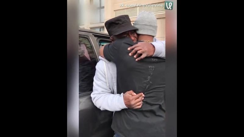 Долгожданная встреча отца и сына спустя 37 лет разлуки