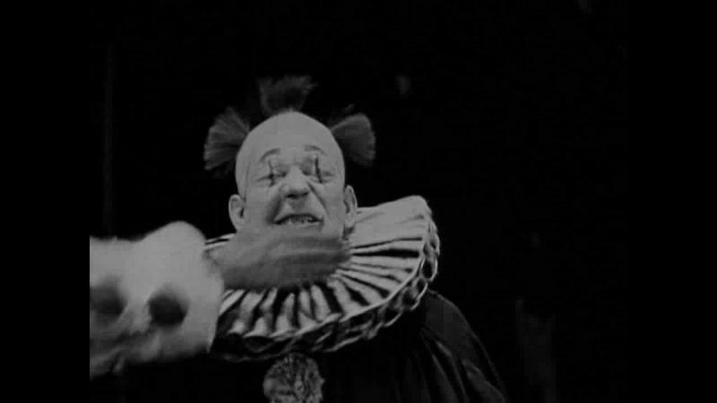 ТОТ, КТО ПОЛУЧАЕТ ПОЩЕЧИНЫ (1924) - триллер, мелодрама. Виктор Шестрём [XVID 720p]