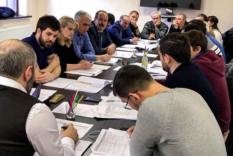 В Зеленчукском районе обсудили вопросы подготовки курорта «Архыз» к сезону зимней эксплуатации