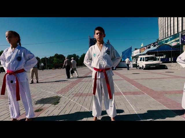 Flashmob of taekwondo club Kobukson, Kherson City Day, 16 Sep 2017