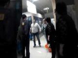 В Алмате в торговом центре👆Мужчина