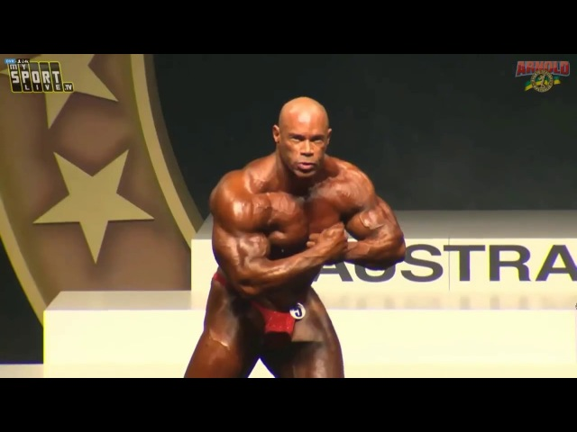 KEVIN LEVRONE 53 Years Old Bodybuilder Posing at Arnold Classic Australia 2018