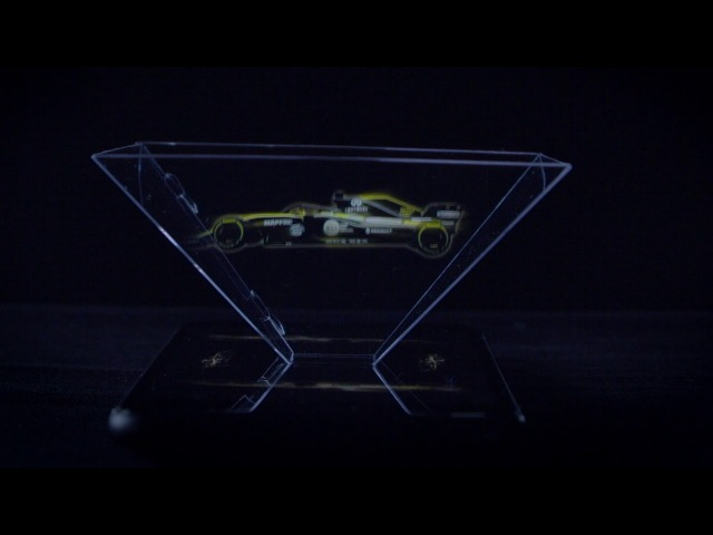 Holographic reveal of Renault R.S.18