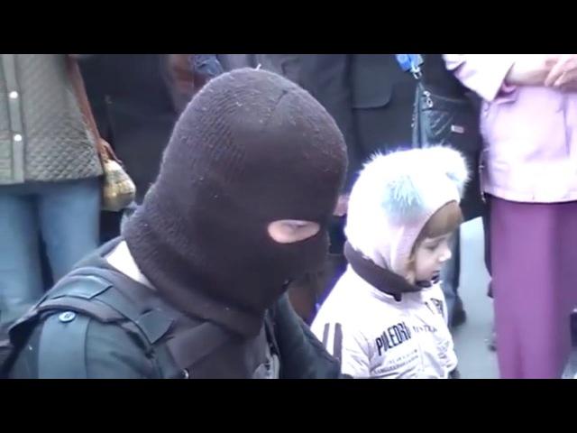 Украинский солдат исполняет Опенинг Евангелиона A Cruel Angel's Thesis