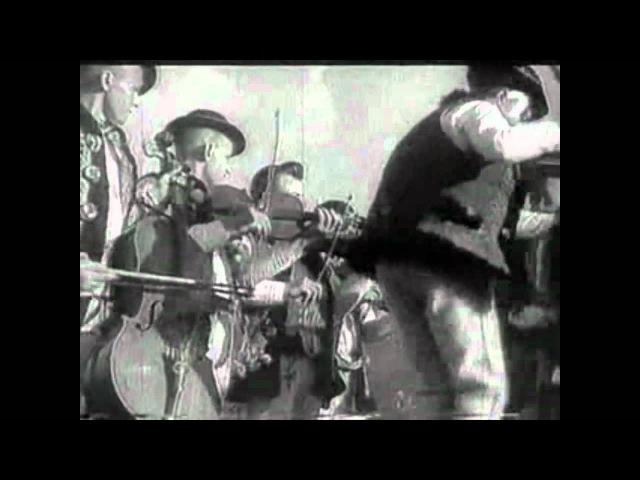 Zem spieva 1933 Pri tanci a speve pod