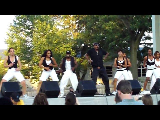 MC Hammer LIVE! Pumps A Bump (Indiana State Fair 8.20.09)