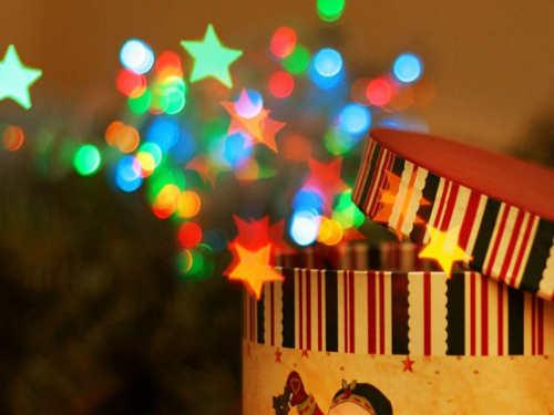 Лучшие новогодние обряды: привлекаем деньги, любовь и удачу в год Желтой Собаки