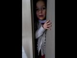 Lucie dans l'armoire pt. 2