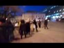 В Саратове пассажиры разняли драку полицейского и водителя маршрутки