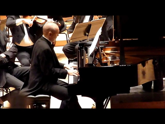 Ivo Pogorelich live 2013 : Chopin Concerto n°2 II. Larghetto (extr.)