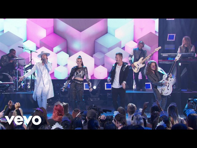 Hailee Steinfeld - Let Me Go (Live From Dick Clark's New Year's Rockin Eve 2018)