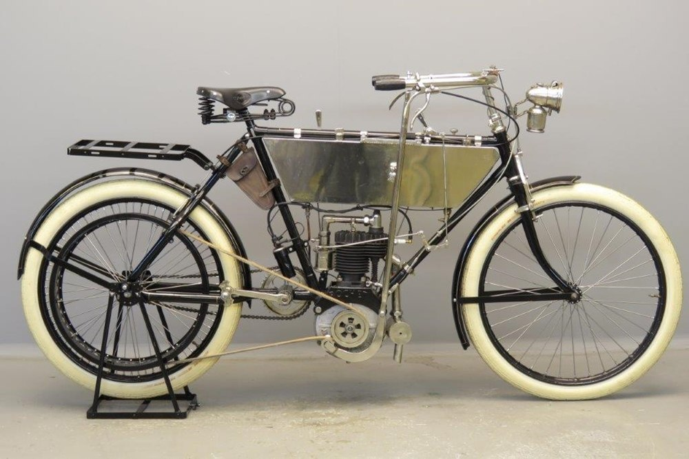 Старинный велоцикл Rochet MA 1903