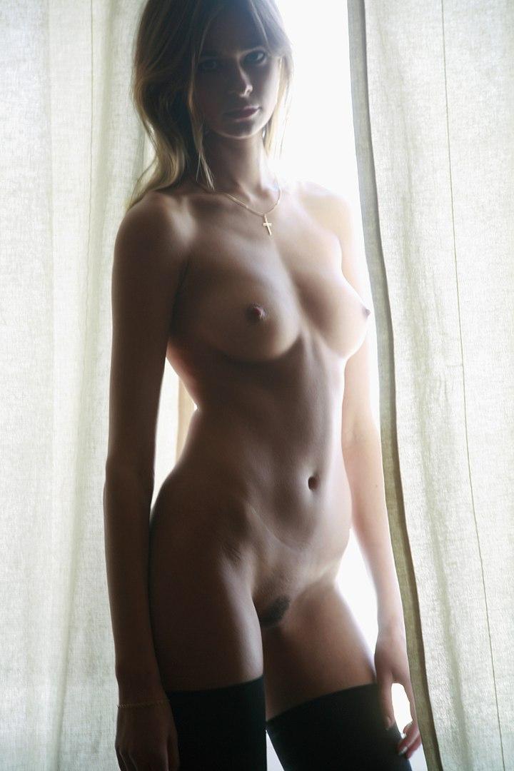 Sexy Mdchen in Upskirt Hschen Strmpfe