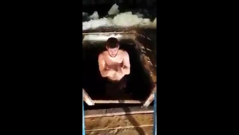 В этом году среди муджахидов настоящая эпидемия крещенских купаний с криком Аллаху Акбар!