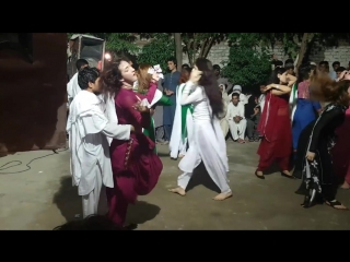 Pashto Dance - Каришма 2017 (1)