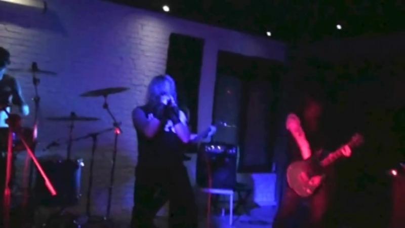 Pavillon Rouge - Solmeth Ascension (Live)