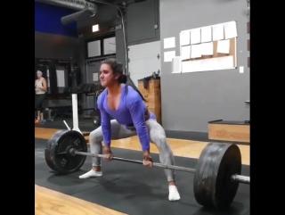 Стефани Кохэн - тяга 227,5 кг на 5 (55 кг)