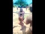 Africani stupratori ecco cosa gli fanno in Africa