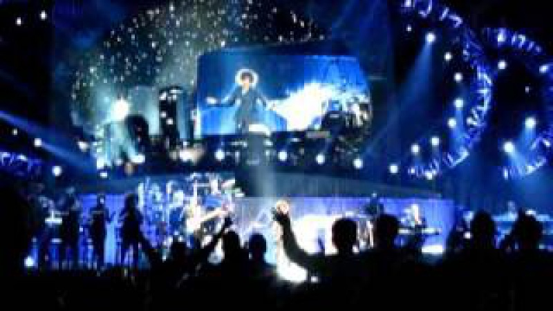 Whitney Houston - Nothing But Love Tour - 21.05.2010 München - 1. For The Lovers (OPENER)