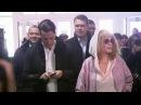 Певица Алла Пугачева иее супруг Максим Галкин выбирали сегодня президента РФ. Новости. Первый канал