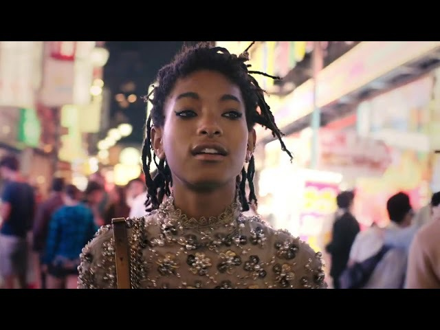 Willow Smith - Everything Stays