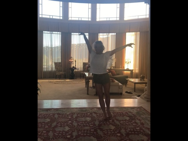 "Britney Spears on Instagram ""Who doesnt love to twirl all day 😉😉😉"""