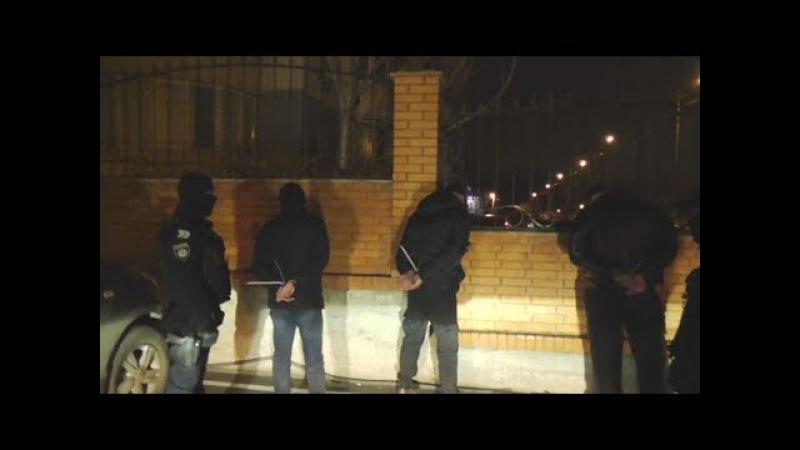 Поліцейські за гарячими слідами розкрили розбійний напад на одеситів
