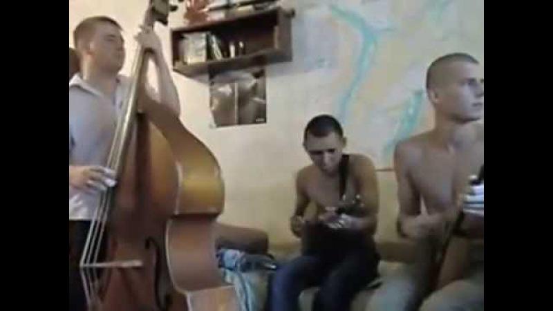 Russian student band playing radio hits » Freewka.com - Смотреть онлайн в хорощем качестве