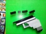 Лего самоделка - как сделать пистолет из деталей лего.LEGO