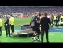 Каррагер поддержал Кариуса после матча
