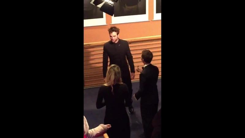 Damsel Berlinale Premiere - Rob signing his portrait