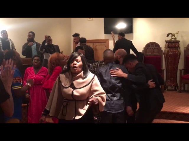 Пастор Католик баптистская дебильная свидетели Иеговы Vincent Bohanan SOV - Praise BreakNever Be Defeated