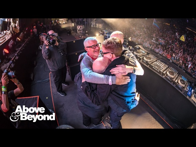 Above Beyond feat. Richard Bedford - Sun Moon (ABGT250 Encore) 4K