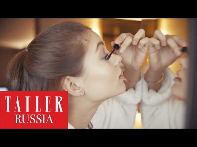 Алеся Кафельникова показывает как сделать макияж за 5 минут