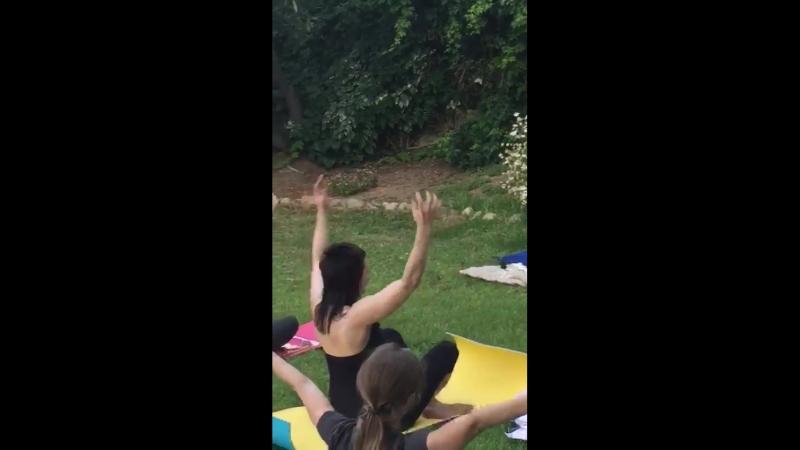 Класс по кундалини йоге